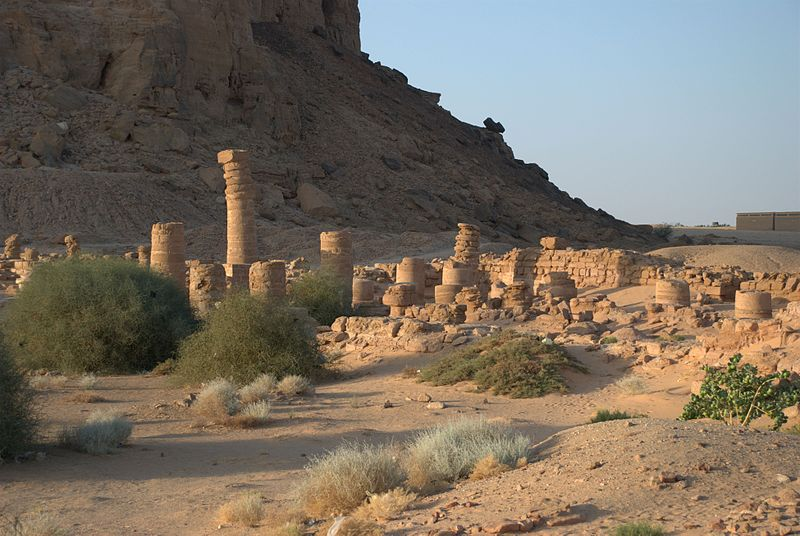 Amun Temple at Jebel Barkal located in the combination of Capricorn with Aries photo: Bertramz, GNU/FDL