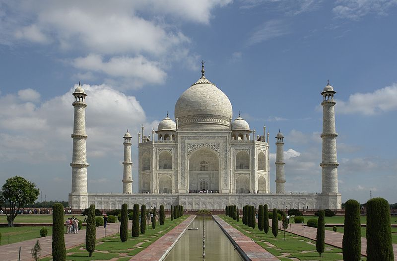 photo: Yann license: GNU/FDL Taurus and Scorpio - The Taj Mahal in Agra