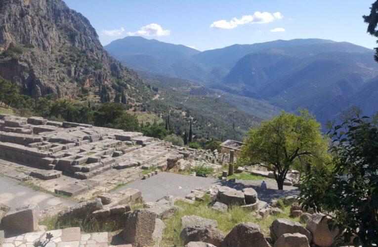 Waage und Widder – Das Orakel von Delphi