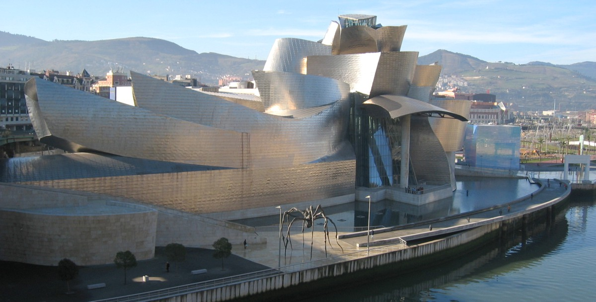 Guggenheim Museum in Bilbao in Skorpion mit Fische photo: MykReeve, GNU/FDL