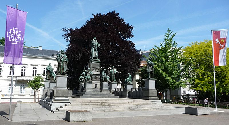 Lutherdenkmal_Worms_01