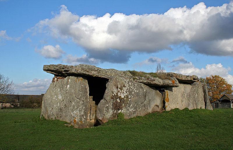 Le dolmen de la Madeleine Photo: Berru License: