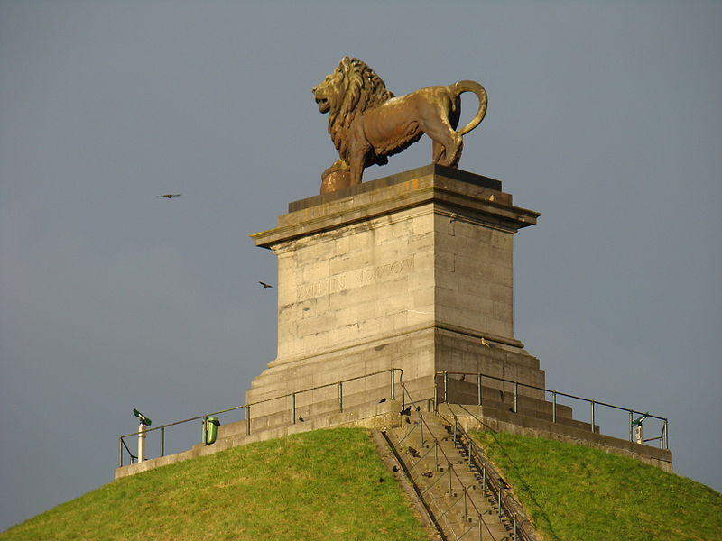 Waterloo Lion in the position of a guardian at 0° Capricon   photo: Foroa ccbysa2.5