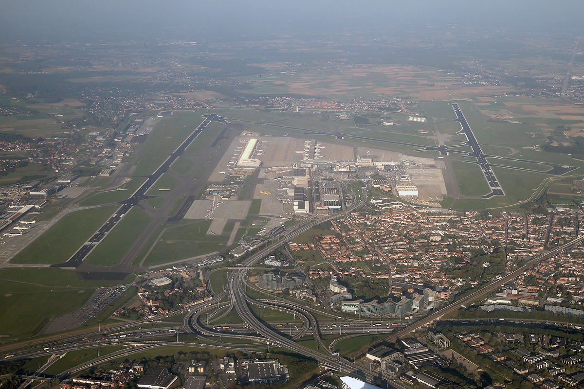 Zaventem Airport in Brussels photo: Konstantin von Wedelstaedt, GNU/FDL