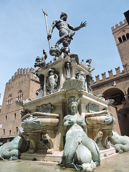 Fountain of Neptune in Bologna located in Cancer with Leo photo: Vreve90, ccbysa4.0