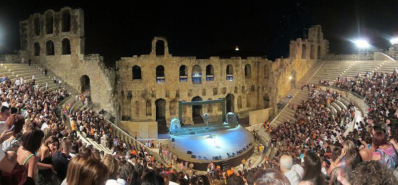 Das Odeon des Herdoes Atticus ist auch heute noch eine Theaterbühne photo: Tomisti, ccbysa3.0