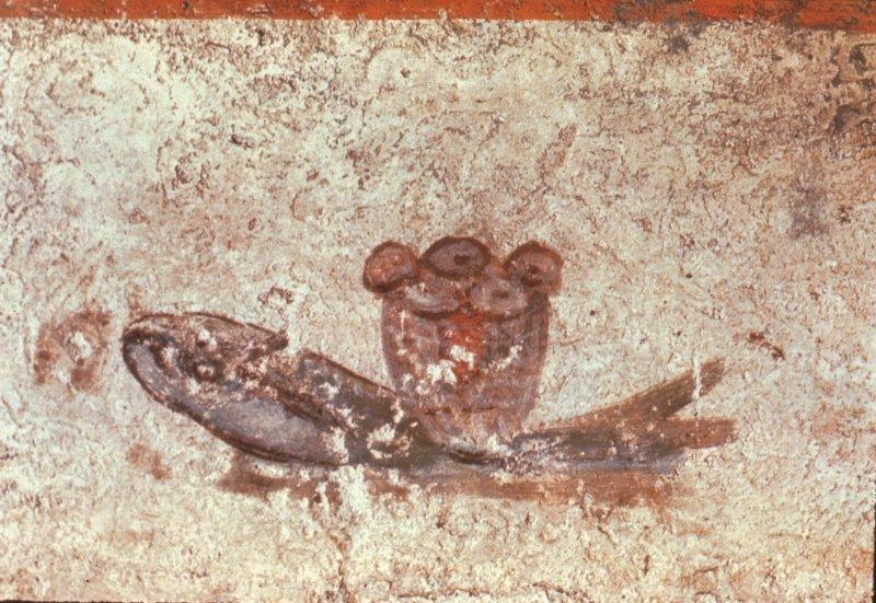 Eucharistisches Brot und Fisch in den Catacombe di San Callisto in Rom