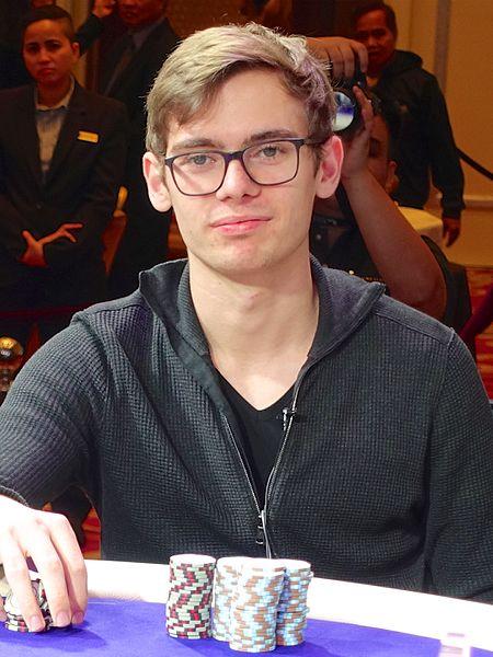 Fedor Holz 2016 photo: World Poker Tour, ccbysa4.0