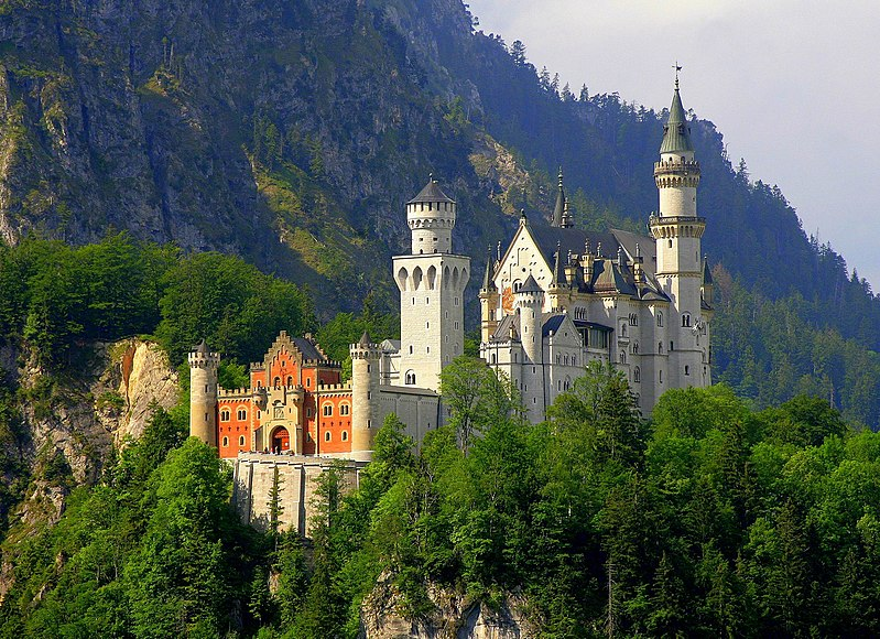 On the astrology of Neuschwanstein Castle