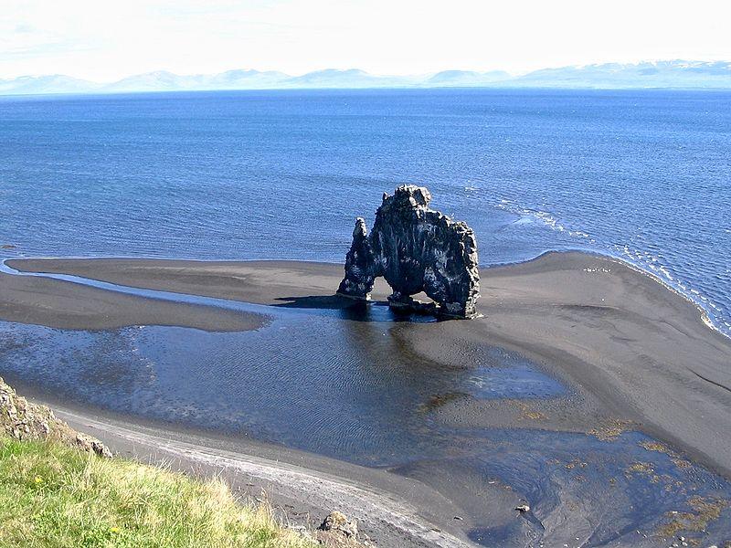 Hvitserkur – der Trolldrache der aus dem Meer trinkt