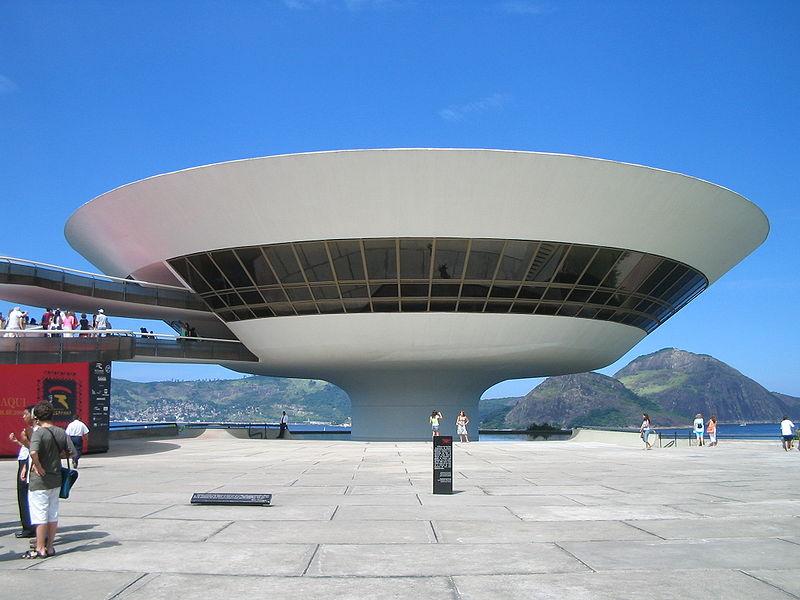 Die Brasilianische Kultarchitektur im Stile Oscar Niemeyers