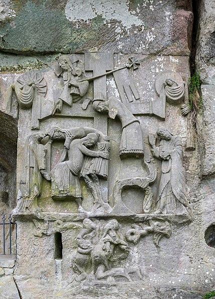 Zur Astrologie der Kraftplätze externsteine, Irminsul, Grotenburg