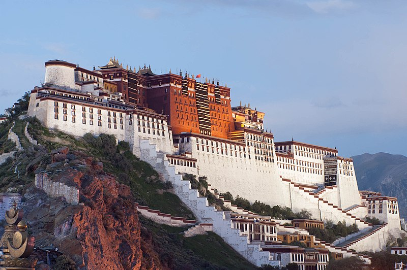 Astrology and astrogeography of Lhasa and Tibet